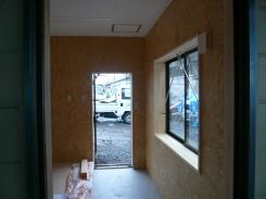 事務所・内部仕上げ・床一部土間コンクリート