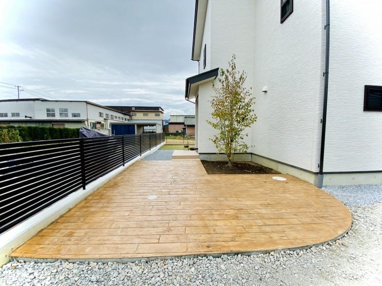 木目のスタンプコンクリート