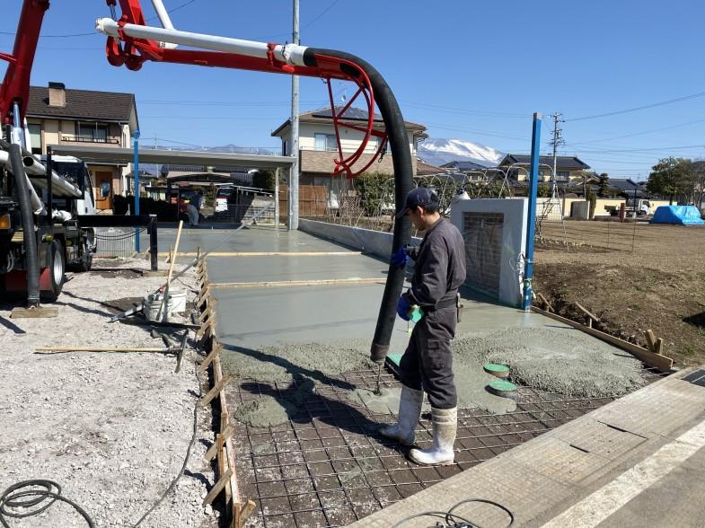 コンクリートポンプ 土間コンクリート打設