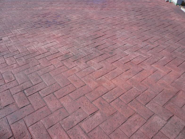 スタンプコンクリート・ヘンリボーン(レンガ調)ブリックレッド