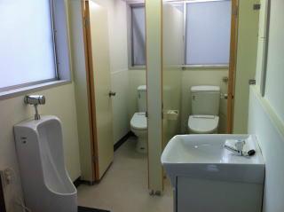 公民館のトイレ アフター