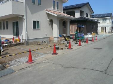 様邸 土間コンクリート・スタンプコンクリート 鋤取り
